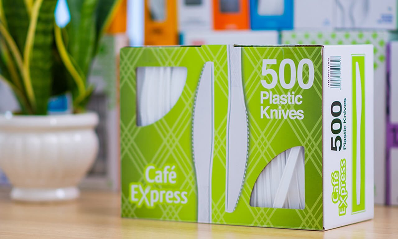 Plastic knives